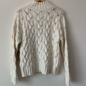 Vince Camuto Sweaters - Vince Camuto Thick Cable Knit Sweater